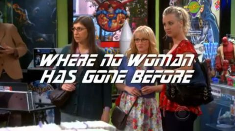 the-big-bang-theory-girls-in-a-comic-shop
